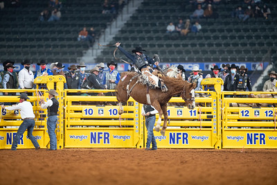 2020NFR_R01_SB_Chase Brooks_SonOfSadie_Stangle-314