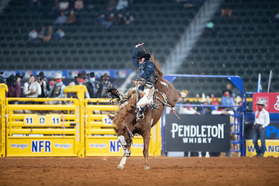 2020NFR_R01_SB_Chase Brooks_SonOfSadie_Stangle-321