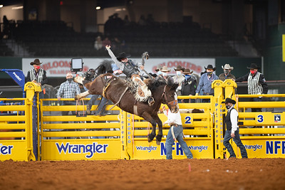 2020NFR_R02_SB_Chase Brooks_HellOnHooves_Stangle-6426