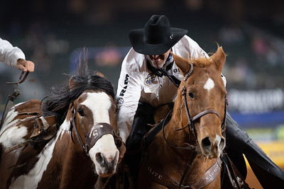 2020NFR_R02_SB_Brody Cress_ResistolsTopHat_Stangle-6519