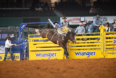 2020NFR_R02_SB_Chase Brooks_HellOnHooves_Stangle-6424