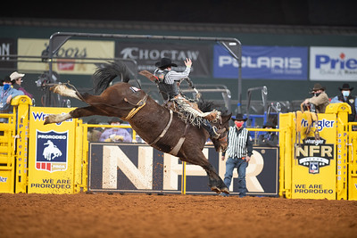 2020NFR_R02_SB_Chase Brooks_HellOnHooves_Stangle-6432