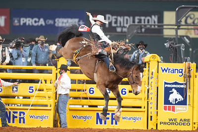 2020NFR_R03_SB_Lefty Holman_MissEllie_Stangle-7177