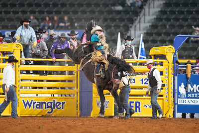 2020NFR_R05_SB_Brody Cress_SpecialDelivery_Stangle-8917
