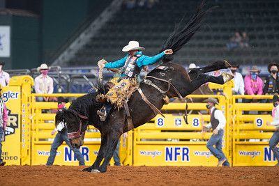 2020NFR_R05_SB_Brody Cress_SpecialDelivery_Stangle-8924