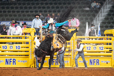 2020NFR_R05_SB_Brody Cress_SpecialDelivery_Stangle-8920