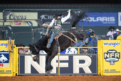 2020NFR_R07_SB_Isaac Diaz_Marquee_Stangle-2852