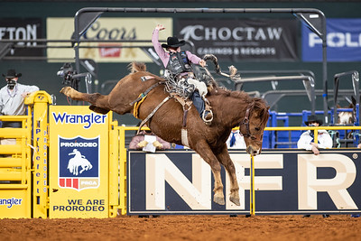2020NFR_R07_SB_Chase Brooks_Crossfire_Stangle-2775