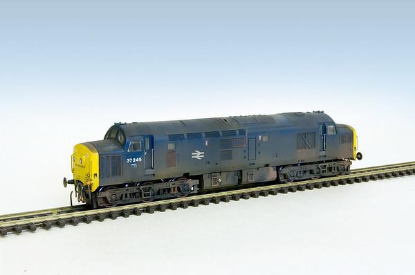 Graham Farish class 37's