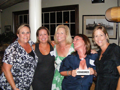 Lea Ward Bobadilla, Alissa Bonner (CDM), Lisa Beckley, Kim Fox Sorenson, Kathy Koll Hancock.  This photo was taken BEFORE Kim had anything to drink.  You should have been there AFTER the cocktails were inserted!