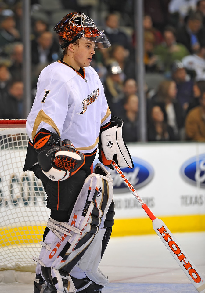Dec 31st, 2009:  <br /> Anaheim Ducks goalie Jonas Hiller #1 is frustrated for allowing a goal<br /> in a game between the Anaheim Ducks and the Dallas Stars at the AAC in Dallas, Texas.<br /> Stars win 5-3