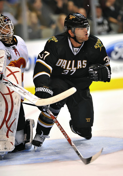 November 4th, 2009:  <br /> Dallas Stars defenseman Karlis Skrastins (37)<br /> in action during a game between the Calgary Flames and the Dallas Stars at the AAC in Dallas, Texas.  <br /> Calgary beats Dallas in OT 3-2