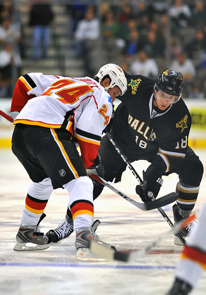 November 4th, 2009:  <br /> Dallas Stars left wing James Neal (18) in action during a game between the Calgary Flames and the Dallas Stars at the AAC in Dallas, Texas.  <br /> Calgary beats Dallas in OT 3-2