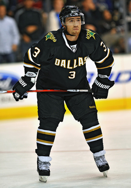 November 4th, 2009:  <br /> Dallas Stars defenseman Stephane Robidas (3)<br /> in action during a game between the Calgary Flames and the Dallas Stars at the AAC in Dallas, Texas.  <br /> Calgary beats Dallas in OT 3-2