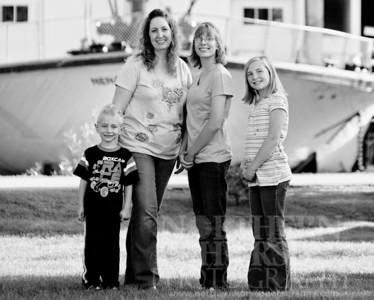 2011-08-10  Leneave Family