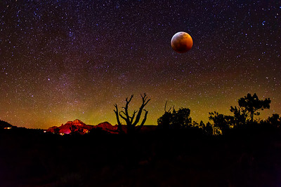 SEDONA BLOOD MOON