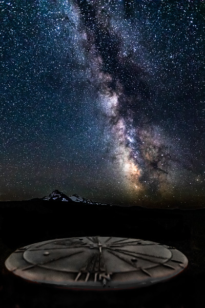 CELESTIAL COMPASS--- The compass atop the Dee Wright Observatory in Central Oregon most often serves as a peak finder aid helping identify the mountains in the Central Cascades.  At night, it's a celestial tool to the heavens above.   #nightsky #astrophotography  #stars #nightscape #astrophoto #starrynight #nightscaper #ig_astrophotography #nightphotography #longexposure #longexpo #nightscapes #starrysky #starphotography #starscape #longexposure #oregonexplored #traveloregon #bestoforegon #exploreoregon #exploregon #oregonnw #cascadiaexplored  #youroregon #1859oregon #jj_oregon  #centraloregon #thebestofbend #backyardbend #souceweekly