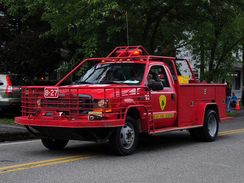 NJ State Forest Fire Service  Engine  B-27 2001  Ford F-450 250/250