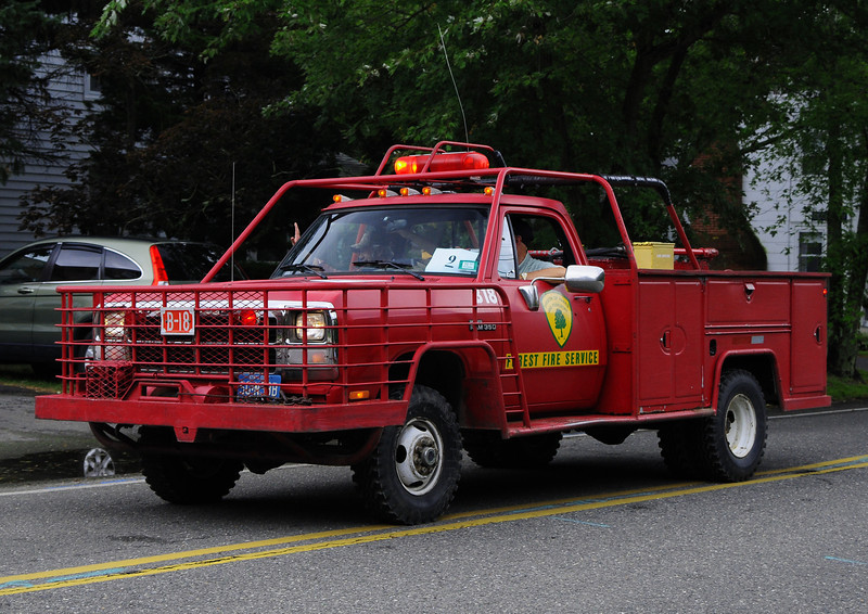 NJ State Forest Fire Service  Engine  B-18  1991 Dodge  250/250