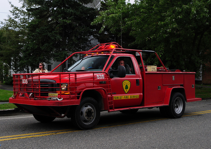 NJ State Forest Fire Service  Engine  B-35  2001 Ford F-450  250/250