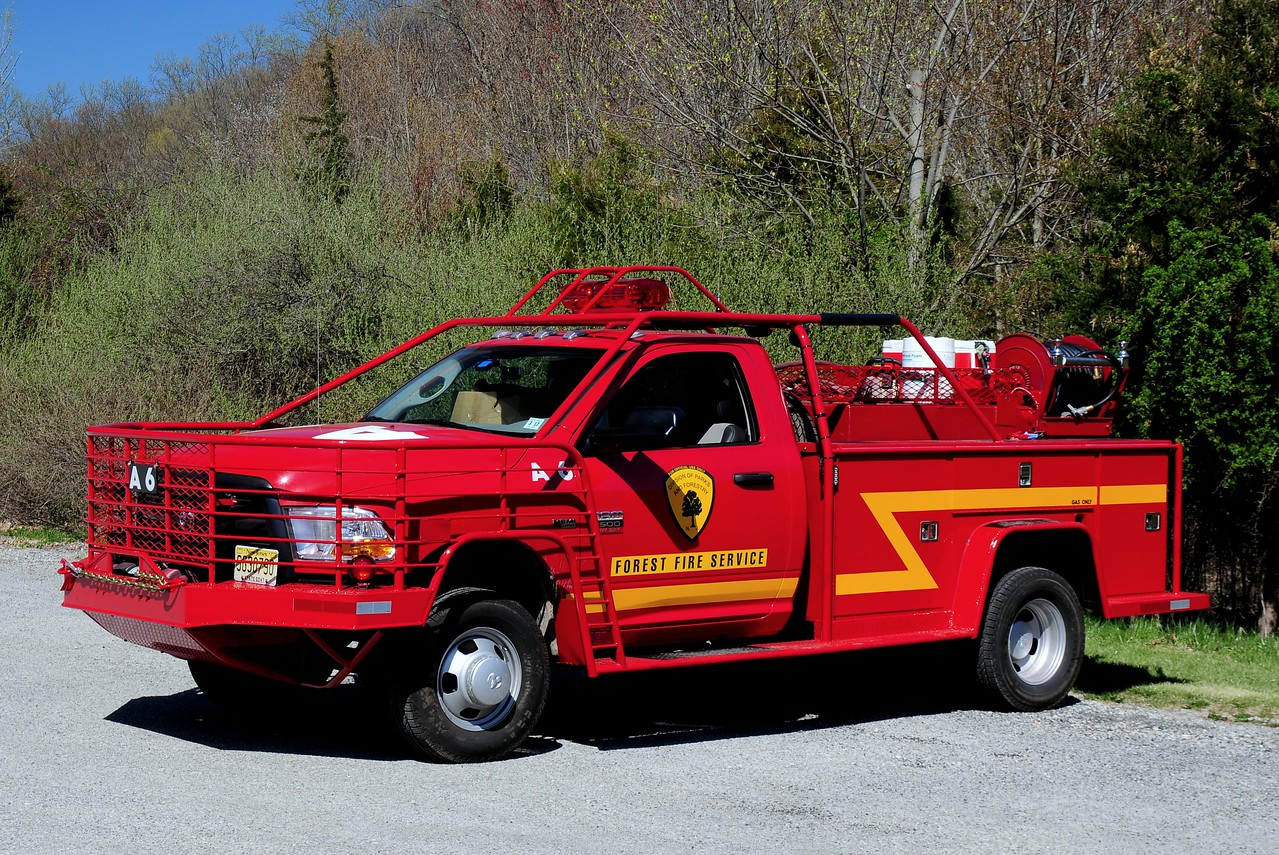 New Jersey State Forest Fire Service Div A North Jersey Unit A-6 2013 Dodge 3500 250/ 250 Knaphedie body 200 Ft Booster reel