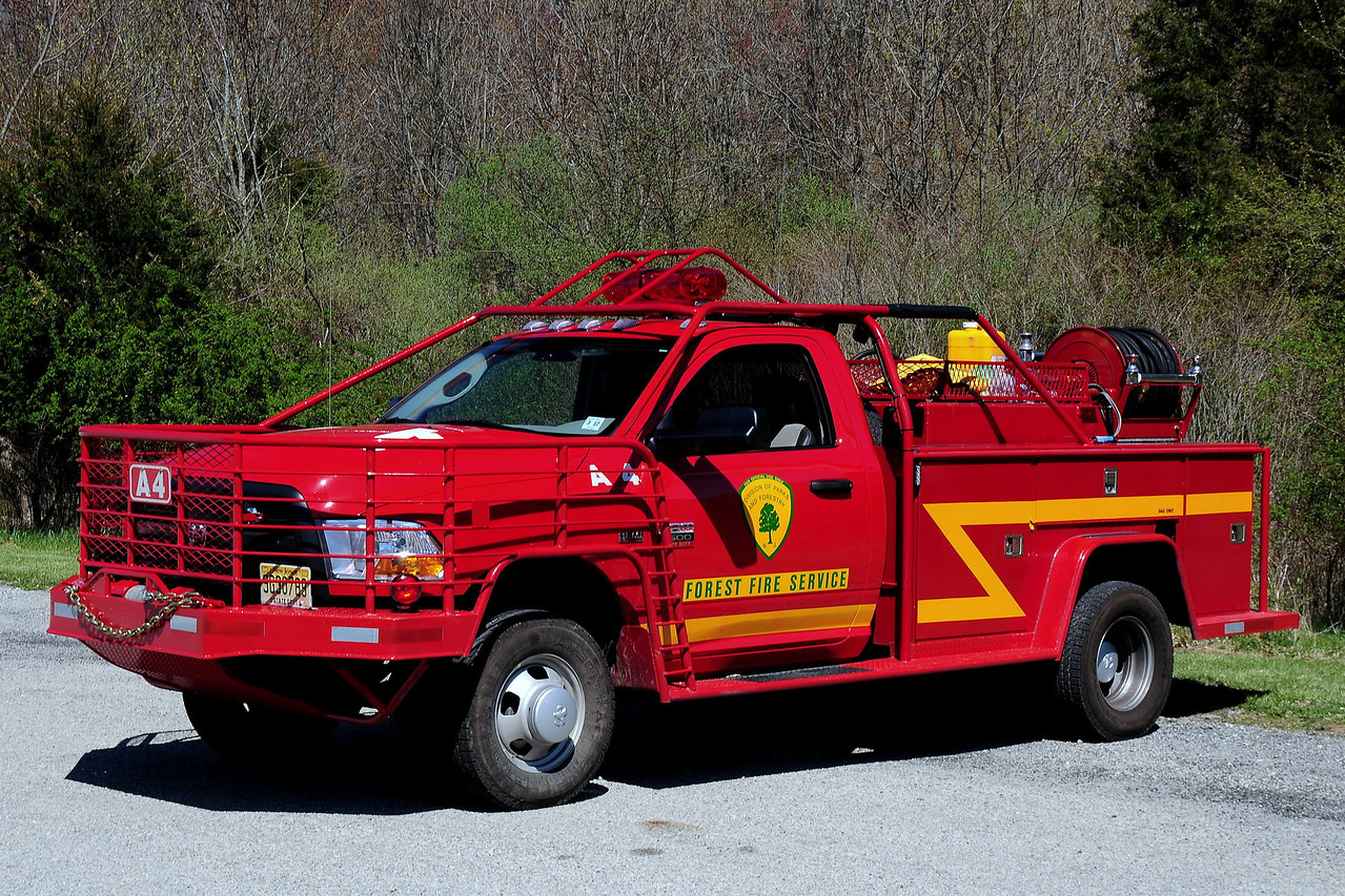 New Jersey State Forest Fire Service Div A North Jersey Unit A-4 2012  Dodge 3500 250/ 250 knaphedie body  200 Ft  Booster  reel