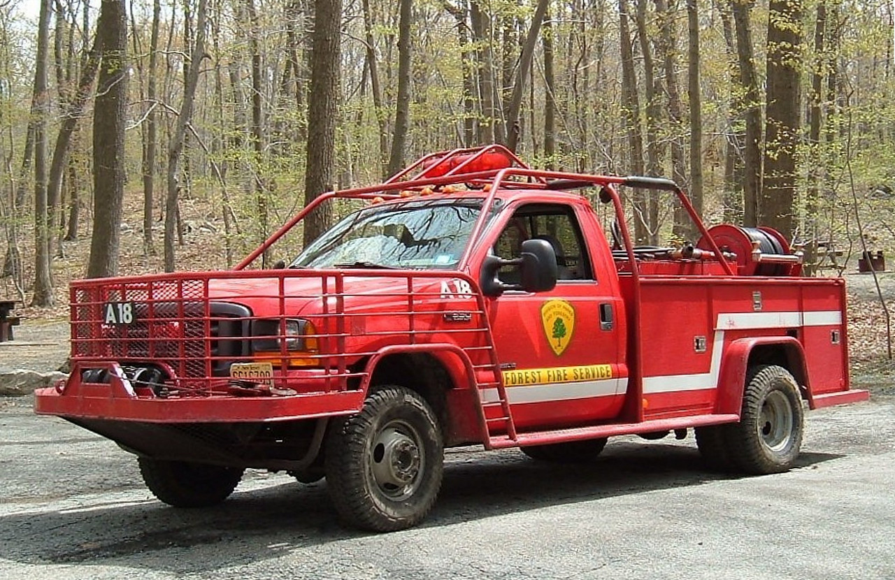 Div A  North Jersey   A18       2000    Ford F-350  /  230                  Lake  Hopatcong   Primary  response area  Morris & Sussex