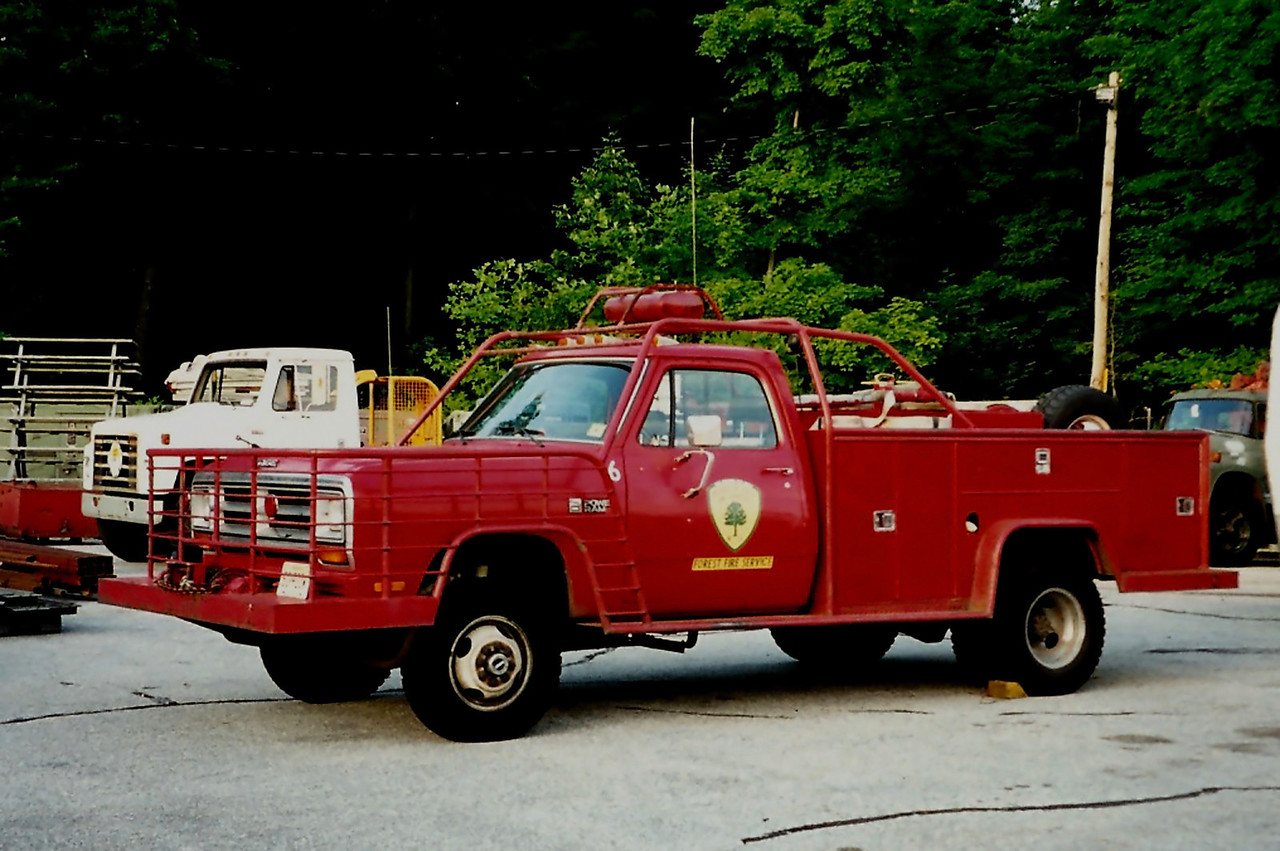 NJ State forest Fire  Service       A6   1987 Dodge  350    250/225