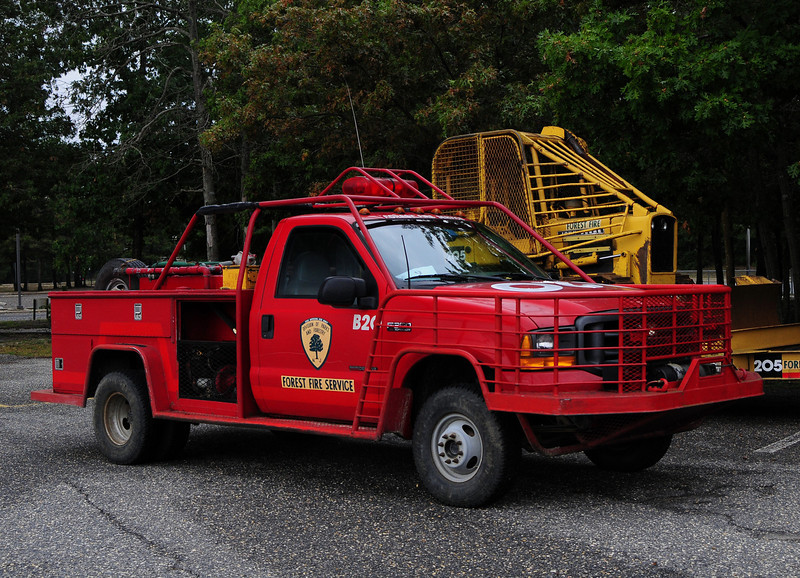 NJ State Forest Fire Service  Engine  B-20 2000 ford F-250 250/250