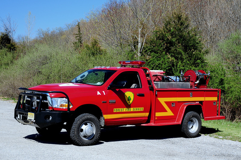 New Jersey State Forest Fire Service Div A North Jersey Unit A-1  2012 Dodge 3500 250/ 250 knaphedie body 200 Ft Booster reel