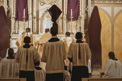 _NIK4079 Holy Thursday FSSP