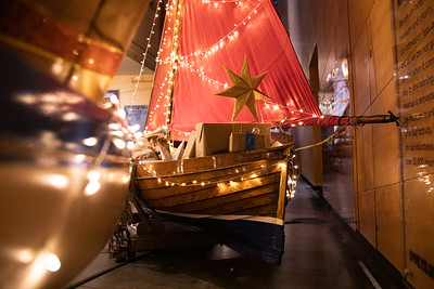 18-NMMC Christmas Boats