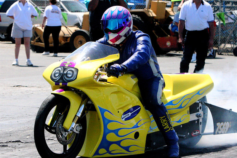 """WINNER: BEST APPEARING BIKE TROPHY: BILL BURKHART  <div class=""""ss-paypal-button""""><div class=""""ss-paypal-button""""><div class=""""fancy-paypal-box""""> <div class=""""left-side""""> <div class=""""ss-paypal-add-to-cart-section""""><div class=""""ss-paypal-product-options""""> <h4>PRICES inc. Ship/Hand:</h4> <ul> <li><a href=""""https://www.paypal.com/cgi-bin/webscr?cmd=_cart&amp;business=BZRZ3VMEMKS5E&amp;lc=US&amp;item_name=IMG_9772.jpg&amp;item_number=http%3A%2F%2Fwww.hooliganunderground.com%2FCars%2FBURBANK-BeBOPPIN-IN-THE%2Fi-QKGDgz7&amp;button_subtype=products&amp;no_note=0&amp;cn=Add%20special%20instructions%20to%20the%20seller%3A&amp;no_shipping=2&amp;currency_code=USD&amp;tax_rate=9.750&amp;add=1&amp;bn=PP-ShopCartBF%3Abtn_cart_LG.gif%3ANonHosted&amp;on0=PRICES%20inc.%20Ship%2FHand%3A&amp;option_select0=Digital%20for%20web&amp;option_amount0=5.95&amp;option_select1=8.5%20x%2011%22%20glossy&amp;option_amount1=19.95&amp;option_select2=12%20x%2018%22%20lustre&amp;option_amount2=49.95&amp;option_select3=20%20x%2030%22%20lustre&amp;option_amount3=69.95&amp;option_index=0&amp;submit=&amp;os0=Digital%20for%20web"""" target=""""paypal""""><span>Digital for web $ 5.95 USD</span><img src=""""https://www.paypalobjects.com/en_US/i/btn/btn_cart_SM.gif""""></a></li> <li><a href=""""https://www.paypal.com/cgi-bin/webscr?cmd=_cart&amp;business=BZRZ3VMEMKS5E&amp;lc=US&amp;item_name=IMG_9772.jpg&amp;item_number=http%3A%2F%2Fwww.hooliganunderground.com%2FCars%2FBURBANK-BeBOPPIN-IN-THE%2Fi-QKGDgz7&amp;button_subtype=products&amp;no_note=0&amp;cn=Add%20special%20instructions%20to%20the%20seller%3A&amp;no_shipping=2&amp;currency_code=USD&amp;tax_rate=9.750&amp;add=1&amp;bn=PP-ShopCartBF%3Abtn_cart_LG.gif%3ANonHosted&amp;on0=PRICES%20inc.%20Ship%2FHand%3A&amp;option_select0=Digital%20for%20web&amp;option_amount0=5.95&amp;option_select1=8.5%20x%2011%22%20glossy&amp;option_amount1=19.95&amp;option_select2=12%20x%2018%22%20lustre&amp;option_amount2=49.95&amp;option_select3=20%20x%2030%22%20lustre&amp;option_amount3=69.95&amp;option"""