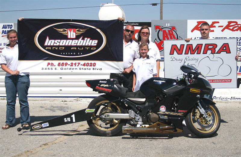 """PRO GAS: Runner up - Joe Cabral / Team Insanebike.com - 6.02 @ 117.7 MPH  <div class=""""ss-paypal-button""""><div class=""""ss-paypal-button""""><div class=""""fancy-paypal-box""""> <div class=""""left-side""""> <div class=""""ss-paypal-add-to-cart-section""""><div class=""""ss-paypal-product-options""""> <h4>PRICES inc. Ship/Hand:</h4> <ul> <li><a href=""""https://www.paypal.com/cgi-bin/webscr?cmd=_cart&amp;business=BZRZ3VMEMKS5E&amp;lc=US&amp;item_name=IMG_9772.jpg&amp;item_number=http%3A%2F%2Fwww.hooliganunderground.com%2FCars%2FBURBANK-BeBOPPIN-IN-THE%2Fi-QKGDgz7&amp;button_subtype=products&amp;no_note=0&amp;cn=Add%20special%20instructions%20to%20the%20seller%3A&amp;no_shipping=2&amp;currency_code=USD&amp;tax_rate=9.750&amp;add=1&amp;bn=PP-ShopCartBF%3Abtn_cart_LG.gif%3ANonHosted&amp;on0=PRICES%20inc.%20Ship%2FHand%3A&amp;option_select0=Digital%20for%20web&amp;option_amount0=5.95&amp;option_select1=8.5%20x%2011%22%20glossy&amp;option_amount1=19.95&amp;option_select2=12%20x%2018%22%20lustre&amp;option_amount2=49.95&amp;option_select3=20%20x%2030%22%20lustre&amp;option_amount3=69.95&amp;option_index=0&amp;submit=&amp;os0=Digital%20for%20web"""" target=""""paypal""""><span>Digital for web $ 5.95 USD</span><img src=""""https://www.paypalobjects.com/en_US/i/btn/btn_cart_SM.gif""""></a></li> <li><a href=""""https://www.paypal.com/cgi-bin/webscr?cmd=_cart&amp;business=BZRZ3VMEMKS5E&amp;lc=US&amp;item_name=IMG_9772.jpg&amp;item_number=http%3A%2F%2Fwww.hooliganunderground.com%2FCars%2FBURBANK-BeBOPPIN-IN-THE%2Fi-QKGDgz7&amp;button_subtype=products&amp;no_note=0&amp;cn=Add%20special%20instructions%20to%20the%20seller%3A&amp;no_shipping=2&amp;currency_code=USD&amp;tax_rate=9.750&amp;add=1&amp;bn=PP-ShopCartBF%3Abtn_cart_LG.gif%3ANonHosted&amp;on0=PRICES%20inc.%20Ship%2FHand%3A&amp;option_select0=Digital%20for%20web&amp;option_amount0=5.95&amp;option_select1=8.5%20x%2011%22%20glossy&amp;option_amount1=19.95&amp;option_select2=12%20x%2018%22%20lustre&amp;option_amount2=49.95&amp;option_select3=20%20x%2030%22%20lustre&amp;option_a"""