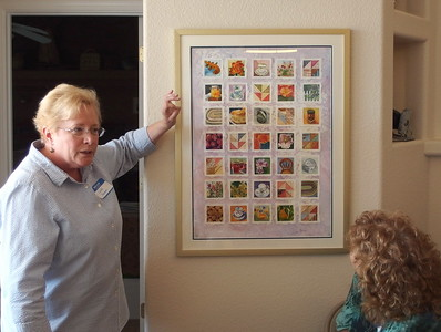 Linda Keener explaining how she created this amazing watercolor collage.  It has to be seen up to close to appreciate it.