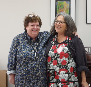 Laurie Churchill introducing Carol Carpenter from Albuquerque, NM