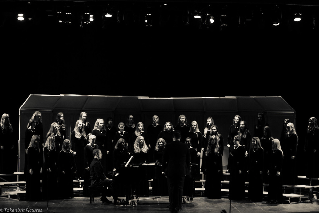 Choral Concert NNHS B&W LR-6689