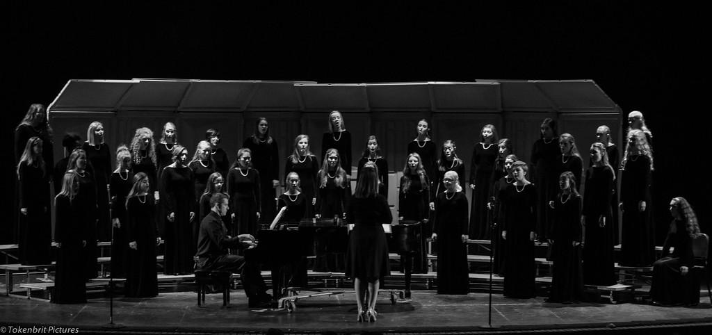 Choral Concert NNHS B&W LR-6664