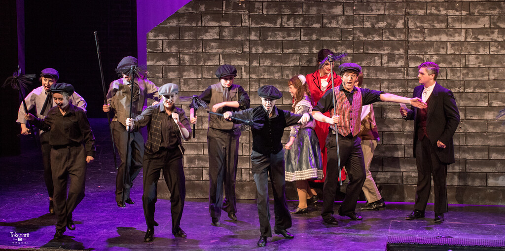 Mary Poppins NNHS Thu LR-1337