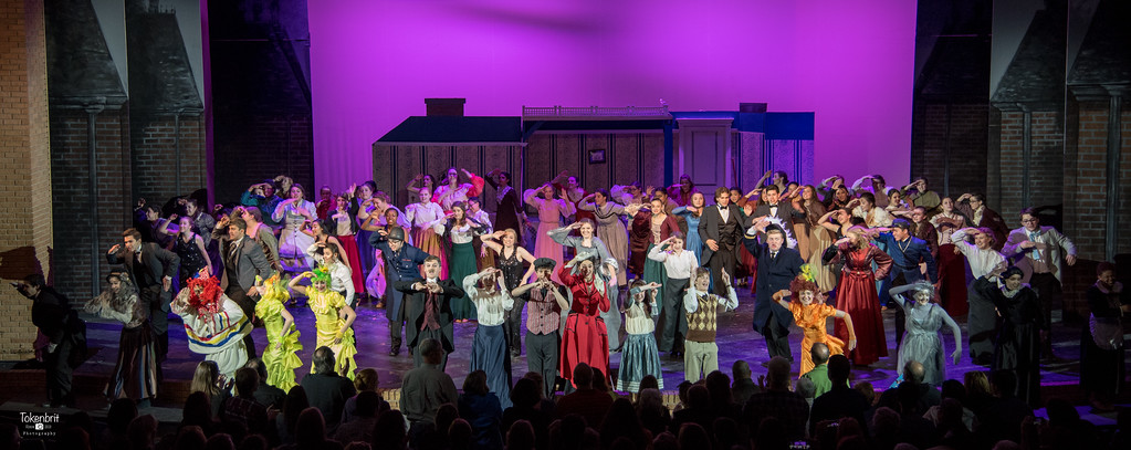 Mary Poppins NNHS Thu LR-1561