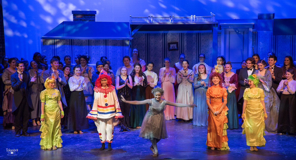 Mary Poppins NNHS Thu LR-1534