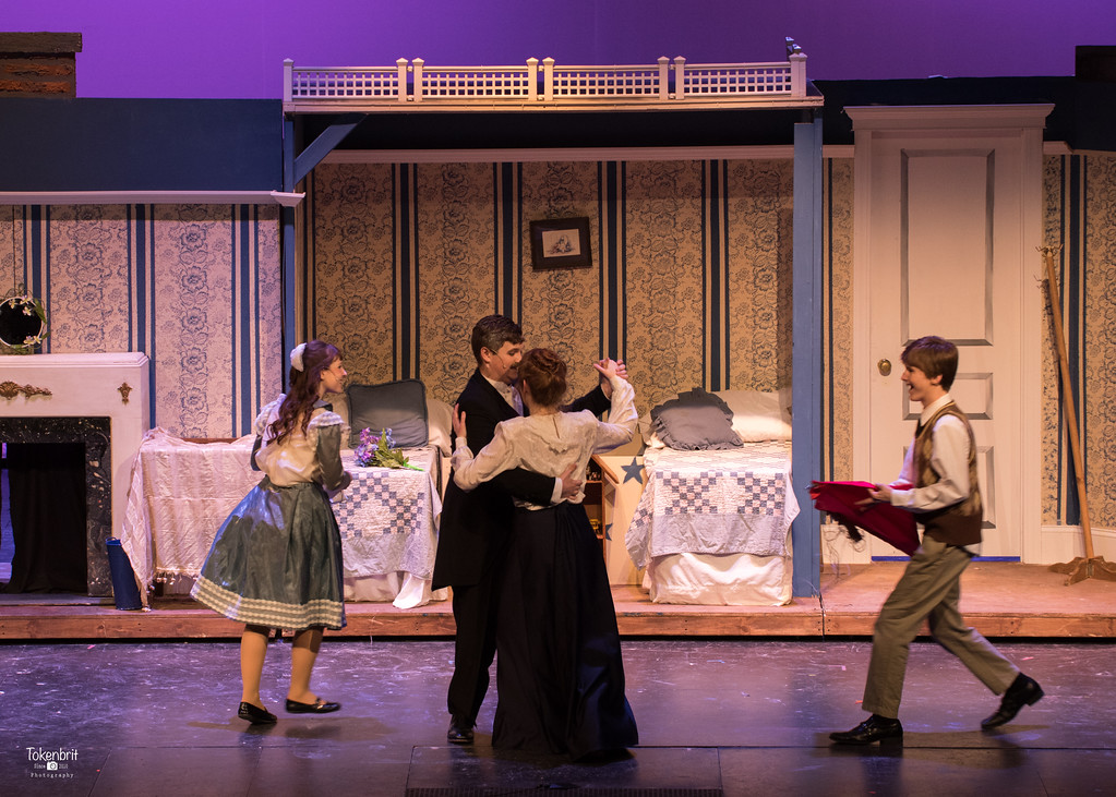 Mary Poppins NNHS Thu LR-1483