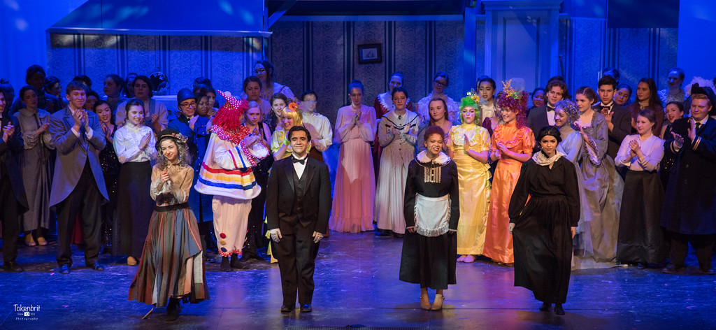 Mary Poppins NNHS Thu LR-1536