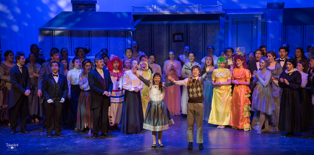 Mary Poppins NNHS Thu LR-1542