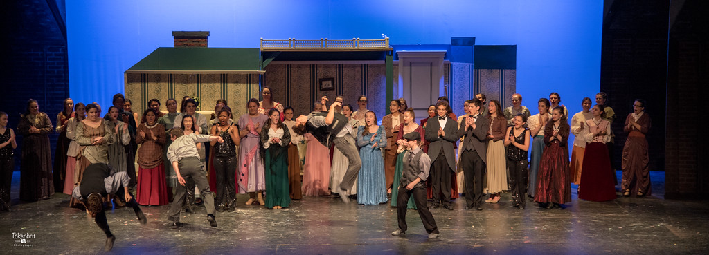 Mary Poppins NNHS Thu LR-1522