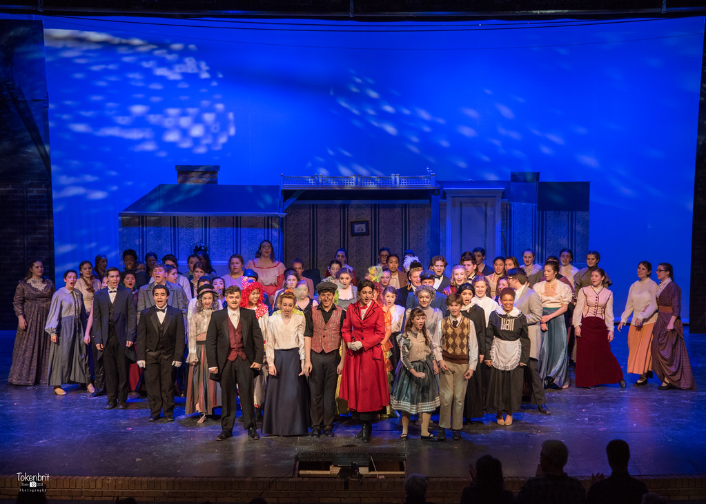 Mary Poppins NNHS Thu LR-1554