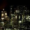 Cathédrale d'acier dans la nuit