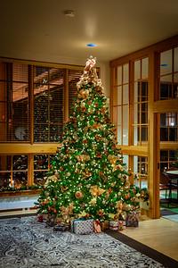 Noelker Hull Christmas Tree-5-2