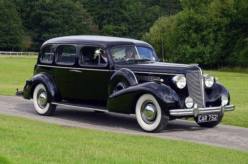 CAR 752 BUICK SUPER EIGHT 1936