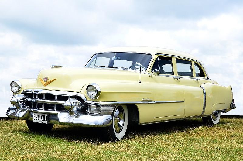 590 XUJ CADILLAC 1953
